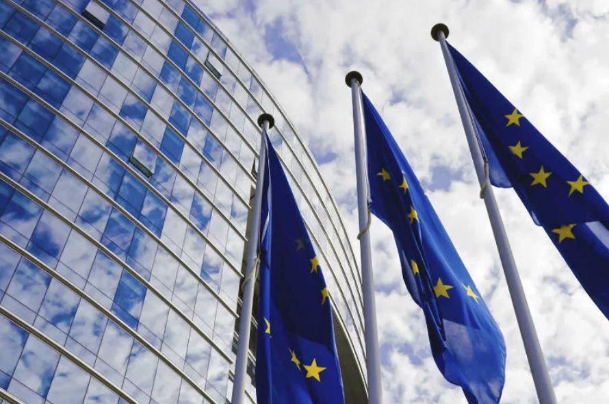 Publicación de las Directivas sobre Eficiencia Energética, Renovables y Gobernanza de la Unión de la Energía